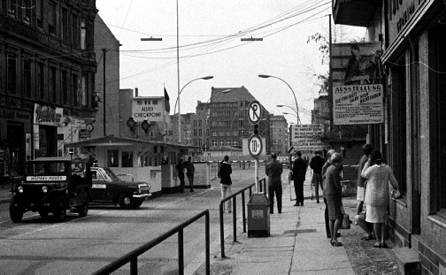 heck Point Charlie crossing point Berlin1966